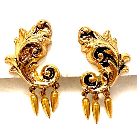 CORO Vintage Gold Screw Back Earrings